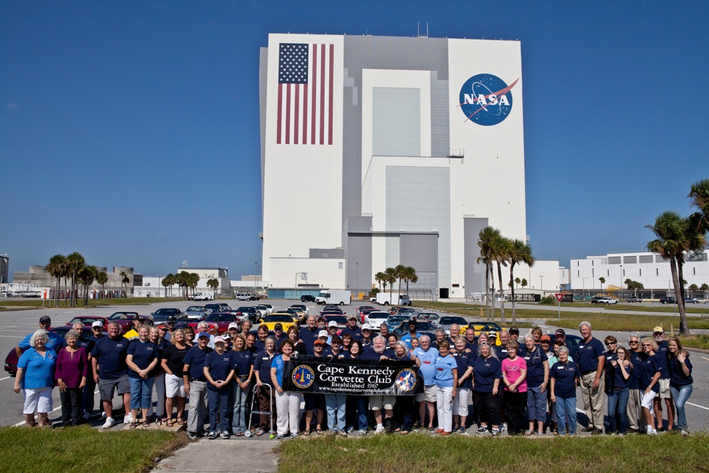 Members in front of VAB